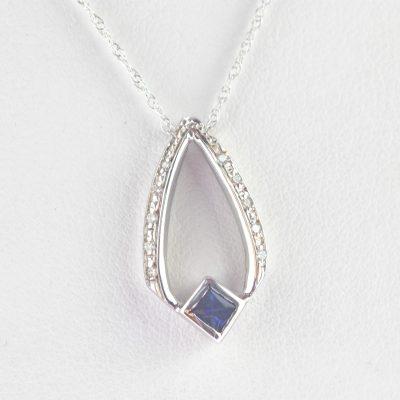 Sterling Silver 0.01 Ct Diamond Set Oval Locket Silver Pendant Hight 2.8 cm